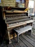 Antykwarski Drewniany pianino Obrazy Stock