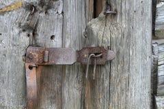 Antykwarski drzwiowy kędziorek, drewniany drzwi Obraz Stock