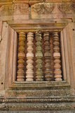 Antykwarski filar przy okno od kamienia kasztelu obraz royalty free