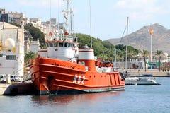 Antykwarski holownik dedykujący ratować w Śródziemnomorskiej strefie Zdjęcie Stock