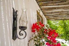 Antykwarski lampion z kwiatami Obraz Stock