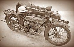 Antykwarski motocykl & Sidecar zdjęcie stock