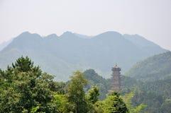 antykwarski porcelanowy jiuhua góry wierza Obrazy Stock