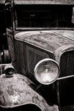 Antykwarski reflektor dalej Bije Starego Up Podnosi Up ciężarówkę zdjęcia stock