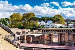 Antykwarski scena starożytnego grka amfiteatr w Pompeii, Włochy obraz royalty free