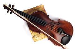 Antykwarski skrzypce obrazy royalty free