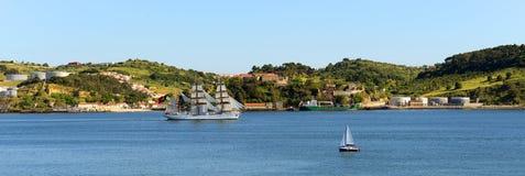 Antykwarski statek na Tejo rzece Zdjęcia Royalty Free