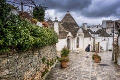 Antykwarski włocha dom Trulli, Alberobello Puglia, Włochy, - obraz stock