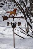 Antykwarski Weathervane w śniegu Fotografia Royalty Free