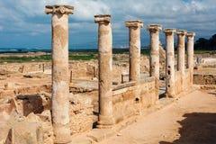 Antykwarskie kolumny w Paphos Archeologicznym parku, Cypr Fotografia Royalty Free