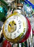 antykwarskie zegarowej tarczy stare zabawki Fotografia Royalty Free