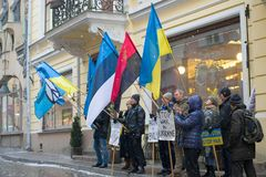 antyrosyjski wiec w poparciu dla Ukraina na miasto ulicie obraz royalty free