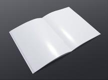 Anule o folheto aberto no fundo escuro Fotos de Stock Royalty Free