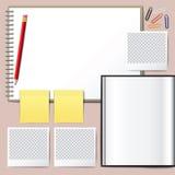 Anule o livro aberto Livro vazio com lápis Foto de Stock Royalty Free