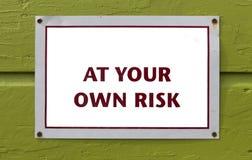 ANULE a seu próprio risco o sinal fotografia de stock