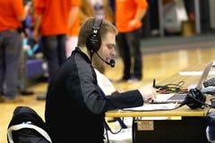 Anunciador de esportes da faculdade Fotos de Stock Royalty Free