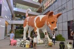 Anuncio gigante del perro, Bangkok imagen de archivo libre de regalías