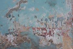 Anuncios descolorados largos en la pared en Antigua Guatemala Imagen de archivo libre de regalías