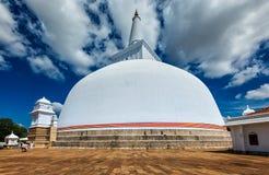 anuradhapura dagoba lanka ruwanweliseya sri Anuradhapura,斯里南卡 免版税图库摄影