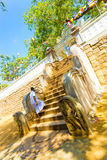 Anuradhapura Jaya Sri Maha Bodhi Drzewni Zachodni schodki Zdjęcia Royalty Free