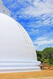 Anuradhapura Mirisawatiya Stupa, arv för Sri Lanka UNESCOvärld Arkivbilder
