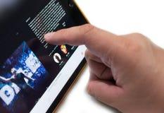 Använd Apple som isoleras på vit royaltyfria bilder