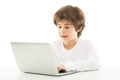 använda för pojkebärbar dator Arkivbild