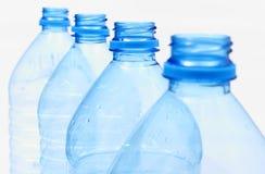 Använda plast- flaskor av mineralvatten Royaltyfria Foton