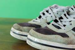 använda skor Arkivbilder