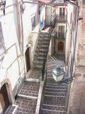 Anversa av den Abruzzo uppsättningen av trappa Arkivbilder