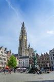 Anversa, Belgio - 10 maggio 2015: Visita turistica Grand Place a Anversa, Belgio Fotografie Stock Libere da Diritti