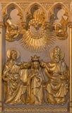 Anversa - incoronazione di sollievo di vergine Maria. dal centesimo 19. in altare di Joriskerk o della chiesa di St George Fotografia Stock