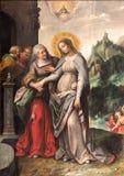 Anversa - la visitazione di vergine Maria ad Elizabeth da Frans Francken (1581 - 1642) nella chiesa di Pauls del san fotografia stock libera da diritti