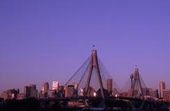 Anzac Brücke in der Abend-Leuchte Stockbild