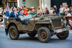 Anzac dnia parada Brisbane 2010, Nowi gwinea wolontariusza karabiny zdjęcia royalty free