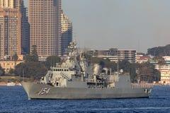 Anzac-klassefregatte HMAS Parramatta FFH 154 der k?niglichen australischen Marine in Sydney Harbor lizenzfreies stockfoto