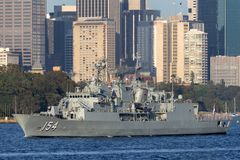 Anzac-klassefregatte HMAS Parramatta FFH 154 der k?niglichen australischen Marine in Sydney Harbor stockfoto