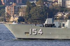 Anzac-klassefregatte HMAS Parramatta FFH 154 der k?niglichen australischen Marine in Sydney Harbor lizenzfreie stockfotografie