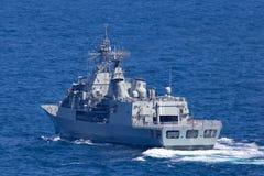 Anzac-klassefregatte HMAS Parramatta FFH 154 der k?niglichen australischen Marine in Sydney Harbor stockfotografie