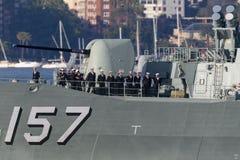 Anzac-klassefregatte HMAS Perth FFH 157 der k?niglichen australischen Marine in Sydney Harbor stockbild
