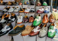 Anzeige der Schuhe der Männer hergestellt für das Tanzen Stockfotos