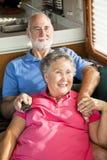 Anziani di rv che guardano TV Fotografia Stock Libera da Diritti