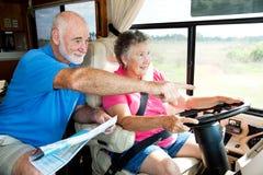 Anziani di rv - indichi la strada Fotografia Stock Libera da Diritti