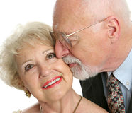 Anziani nell'amore fotografia stock libera da diritti