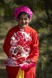 Anziano cinese in panno di seta tradizionale Fotografie Stock