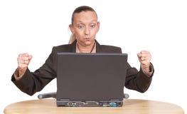 Anziano frustrato al PC Immagine Stock
