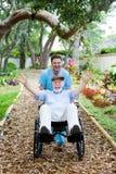 Anziano invalido - divertimento Immagini Stock