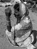 Anziano nella carestia Immagini Stock Libere da Diritti