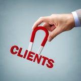 Anziehung von neuen Kunden und von Kunden stockfotos