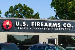 14 août 2018 Sunnyvale/CA/Etats-Unis - U S Armes à feu Co l'armurerie locale offrant une gamme complète d'arme à feu a rapporté d photos stock
